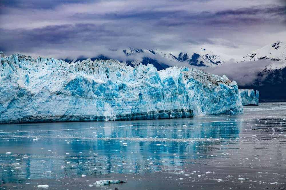 Large glaciers in Alaska