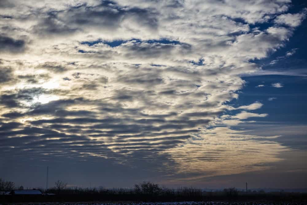 A beautiful stratus cloud formation.